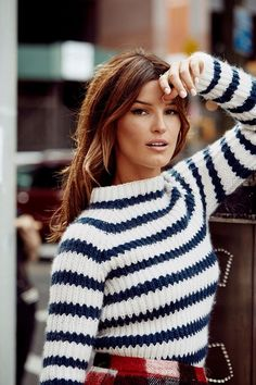 Hanneli Mustaparta for Sandnes Garn 2016 Knitwear Fashion, Knit Fashion, Sweater Fashion, Curvy Fashion, Fashion Tips, Fashion Trends, Stylish Eve Outfits, Work Outfits, Big Knits