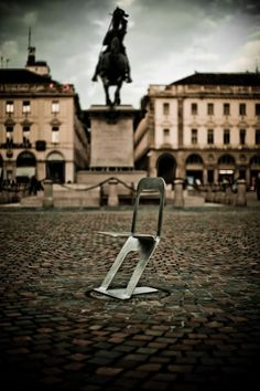 ZERO Chair by DORODESIGN , via Behance