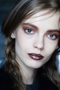 The 12 Beauty Moments You Need to See from NYFW, - bronze eyeshadow Bronze Eyeshadow, Eyeshadow For Brown Eyes, Cream Eyeshadow, Glitter Eyeshadow, Eyeshadow Looks, Show Makeup, Eye Makeup, Two French Braids, Bold Lipstick
