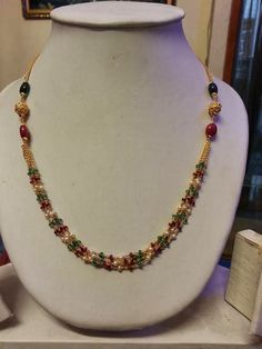 4 Experienced Clever Hacks: Jewelry Making Stamping Fashion Jewelry Photoshoot. Pearl Necklace Designs, Gold Earrings Designs, Beaded Necklace, Small Pearl Necklace, Gold Necklace, Beaded Jewelry Designs, Simple Necklace, Jewelry Trends, Necklace Set