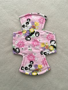 Regular / moderate flow 9 inch flared reusable washable sanitary cloth menstrual pad - pink panda flannel by ScarletCloth on Etsy