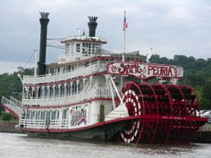 Take a ride back in time on the Spirit of Peoria. Enjoy the beauty of the Illinois River and a relaxing vacation for you and your family!