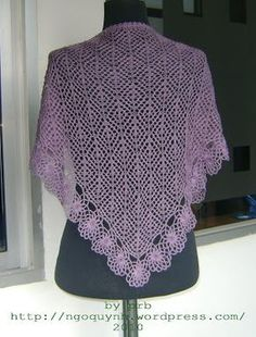Diamond and Flowers Shawl | PRB's wonderland 400-500 yds