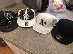 designer fashion e57bb b1871 Atlanta Braves cap 7 fitted New Era NY Yankees cap 7 fitted Cooperstown  collection (Camo design) Oakland A s cap 7 fitted New Era NY Yankees cap 7  fitted ...
