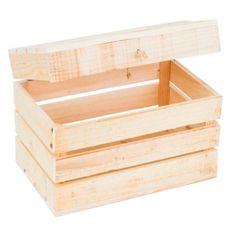 Baúl rústico artesanal, hecho a mano en España, de madera de pino gallego, ideal para almacenaje. Grosor de las lamas de 1.5 cm, acabado natural      Ancho: 30 cm     Largo: 50 cm     Alto: 35 cm