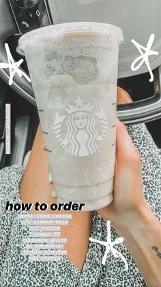 Café Starbucks, Starbucks Hacks, Secret Starbucks Recipes, Bebidas Do Starbucks, Starbucks Secret Menu Drinks, How To Order Starbucks, Vegan Starbucks Drinks, Starbucks Refreshers, Starbucks Frappuccino