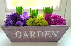 Easter table decoration with hyacinth / velikonoční dekorace na stůl s hyacinty / www.rosmarino.cz