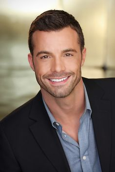 Headshot Photographed in Los Angeles by Bradford Rogne. www.RognePhoto.com                                                                                                                                                     More