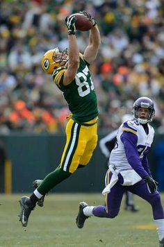 Nelson sky leap catch vs Vikes