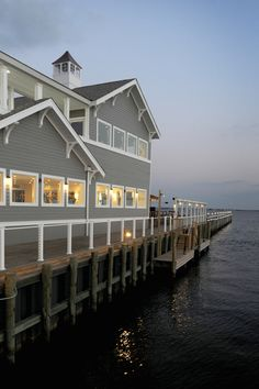 Waters Edge On The Bay Weddings Price Out And Compare Wedding Costs For Ceremony Reception Venues In Bayville Nj