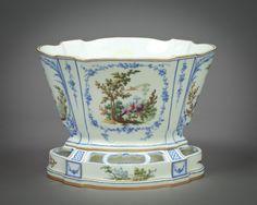 Sevres Cachepot Vincennes, circa 1755