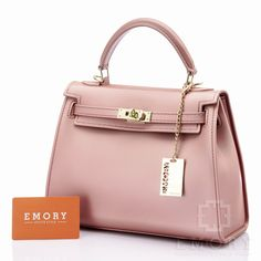 Price IDR 310.000 Measurement Base 25 cm. Height 20 cm. Weight 1kg. Material Jelly. ORIGINAL BRAND.  Chat us on Line : @ emorystyle