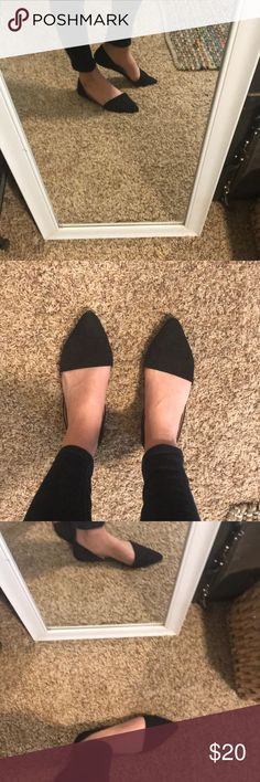Black pointy flats Cute style and comfy! Good condition! Merona Shoes Flats & Loafers