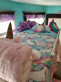 Turquoise Room Ideas - Well, just how about a touch of turquoise in your room? Establish your heart to see it since this write-up will provide you turquoise room ideas. Bunk Beds Small Room, Bunk Beds With Stairs, Kids Bunk Beds, Small Rooms, Unicorn Rooms, Unicorn Bedroom, Unicorn Room Decor, Girl Bedroom Designs, Girls Bedroom