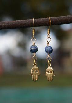 Lapis Lazuli Hamsa Earrings // 24k Goldplated by MySerenityDesigns #handmade #handmadejewelry #protectionjewelry #hamesha #hamsajewelry #evileye #evileyejewelry #etsyshop #etsyjewelry #jewelryonetsy #amulet #amulets #amuletjewelry #healing #healingjewelry #handofgod #handoffatima #lapislazuli #lapislazuliearrings #gemstonejewelry #lapislazuli #myserenitydesigns #hamsa