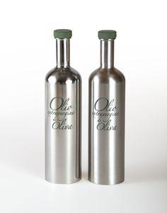Olio_2-bottiglie.jpg (3456×4416)