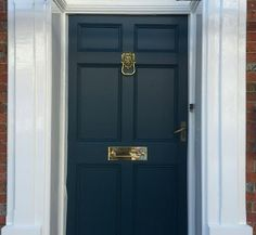 Our customers front door using Farrow & Ball Hague blue and Willow and Stone door furniture. Large brass lion door knocker and classic brass letterplate. Grey Front Doors, Exterior Front Doors, Front Door Colors, Blue Doors, Front Door Farrow And Ball, Layout Blinds, Chicken Shed, Lion Door Knocker, Hague Blue
