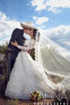 Déjate llevar por el encanto de esta boda charra