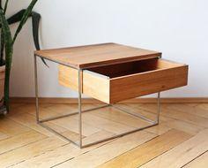 Edelstahl Nachttisch mit Schublade aus geölter Eiche