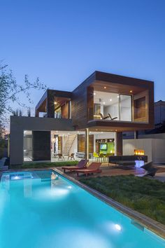 Dwell on Design Los Angeles West Side Home Tour 2015 Dawnsknoll Santa Monica California Dwell On Design, Arch House, Box Houses, Los Angeles Homes, Prefab Homes, House Tours, Custom Homes, Modern Architecture, Villa