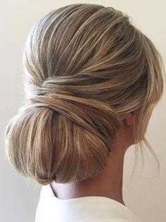 chic updo wedding hairstyle idea #updo #hairstyle #weddinghair #hairideas