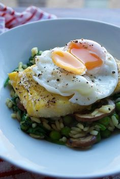 Smoked Haddock, Pea and Mushroom Spring Risotto With Poached Egg