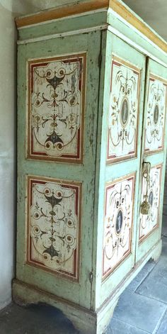Shop wardrobes and armoires and other antique and modern storage pieces from the world's best furniture dealers. Cool Furniture, Painted Furniture, Painted Wardrobe, Painted Armoire, Swedish Cottage, World Of Interiors, Vintage Wardrobe, Tole Painting, Crafts To Do