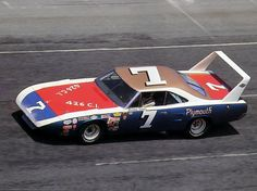 1970 plymouth roadrunner | 1970-plymouth-road-runner-superbird-nascar-race-car-at-speed-driven-by ...