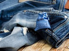 SCENTED. So simply call it unique. Re-HasH PROFUMATO. Per cui chiamatelo semplicemente unico. Re-HasH  #madeinitaly #rehash #stileitaliano #italia #denimitaliano #uomoconstile #donnaconstile #perlui #perlei #modaitaliana #fashion #dress #womanwithstyle #sensation #blue #nero #elegance #denim #withstyle #fashionable #cplus #styleinspiration #goodvibes #mystyle #outfit #glam #look #trend #profumato #scented