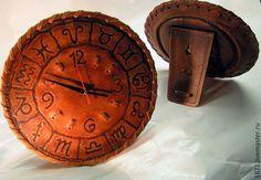 Купить знаки - кожа, часы интерьерные, ручная авторская работа, знаки зодиака, часы в подарок