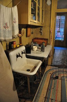Love this Museum!  inside the Lower East Side Tenement Museum in Manhattan