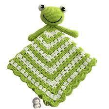 Ranita blanket attachment to crochet Crochet Frog, Crochet Lovey, Crochet For Kids, Baby Blanket Crochet, Diy Crochet, Crochet Dolls, Crochet Security Blanket, Lovey Blanket, Crochet Blanket Patterns