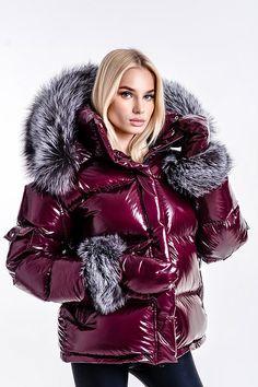 Puffy Jacket, Fur Jacket, Moncler Jacket Women, Nylons, Women's Puffer Coats, Fox Fur Coat, Down Coat, Outerwear Women, Winter Outfits