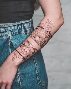 Lower Arm Tattoos, Arm Sleeve Tattoos, Sleeve Tattoos For Women, Women Sleeve, Mommy Tattoos, Body Art Tattoos, Hand Tattoos, Forearm Tattoos, Woman Arm Tattoos