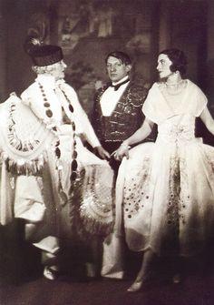 Madame Errazuriz, Picasso et Olga au bal du comte de Beaumont, Paris, 1924. By Man Ray.