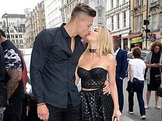 Alex Bowen Steps Out After *That* Leaked Picture Drama Beauty Makeup Tips, Beauty Hacks, Alex And Olivia, Alex Bowen, Olivia Buckland, Famous Couples, Stepping Out, Lazy Girl, Girls Makeup