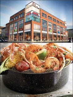 Joe's Crab Shack Set to Open in Harlem on 125th Street