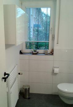 Kleiner Handtuchheizkörper Im Gäste WC