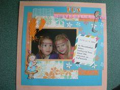 mijn dochter en haar vriendin bij de Pannenkoekensaloon