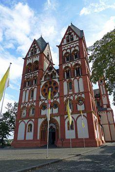Limburg an der Lahn: Dom of Limburg with the two towers.