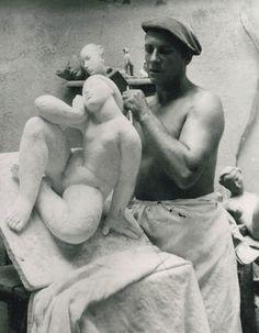 Victor Nicolas (1906-1979) dans son atelier de Montmeyan en 1950