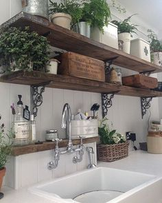 20 ways to create a French country kitchen - decoration ideas 201820 ways to create a French country kitchen - decoration ideas Charming French country house decor with timeless charm - home Charming French Country House, French Country Decorating, Rustic French Country, Rustic Country Decor, Italian Country Decor, Italian Cottage, French Rustic Decor, Italian Home Decor, French Countryside