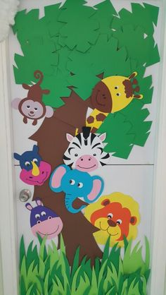 Classroom door / Zoo animals theme /