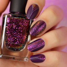 Nail trends come and go but the trend for fall is definitely matte and these nail art designs showcase some of the best matte nails. Dark Nails, Purple Nails, Matte Nails, Glitter Nails, Love Nails, Pretty Nails, My Nails, Essie, American Nails