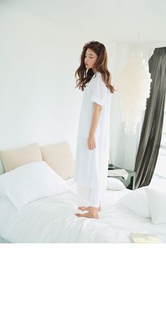 Hem Accent Straight Dress (White) | STYLENANDA