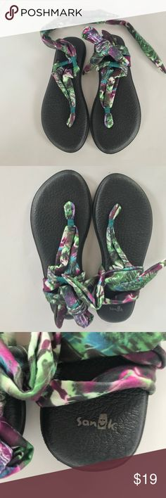 """Sanuk Yoga Mat Gladiator Sandals Sz 8 New No Tag Sanuk Yoga Mat Gladiator Sandals. Size 8.  New without tags. Product Description: Black lowers. Green, purple, turquoise patterned tie ups.. From heel to big toe on the underside they measure 10.5"""". Condition new without tags or box. Never Worn Smoke Free Home, we do have cats Sanuk Shoes Sandals"""