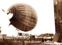 The propellers are turning as Pax is readied to ascend, 12 May 1902.