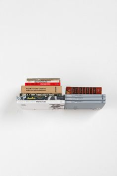 Invisible book shelf makes your books look like they're floating