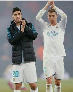 Los mejores ❤⚽😍 @marcoasensio10 @cristiano @realmadrid #marcoasensio #cristianoronaldo #realmadrid #marcoasensio20 #cristianoronaldo7… Cristiano Ronaldo 7, Ronaldo Juventus, Best Club, Real Madrid, Crushes, Soccer, Quotes, Soccer Players, Footwear