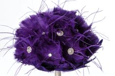 Purple and Pearls. www.decoramood.com